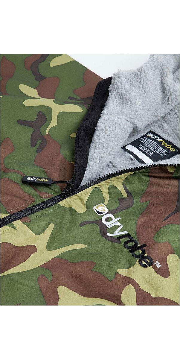 2019 Dryrobe Advance Long Sleeve Premium Outdoor Change Robe DR104 Camo / Grey