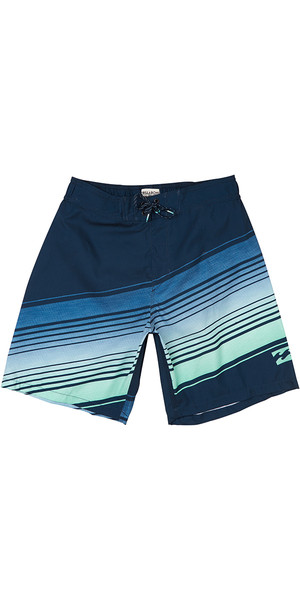 2018 Billabong Resistance Layback 19