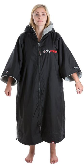 2021 Dryrobe Advance Short Sleeve Premium Outdoor Change Robe / Poncho DR100 - Black / Grey