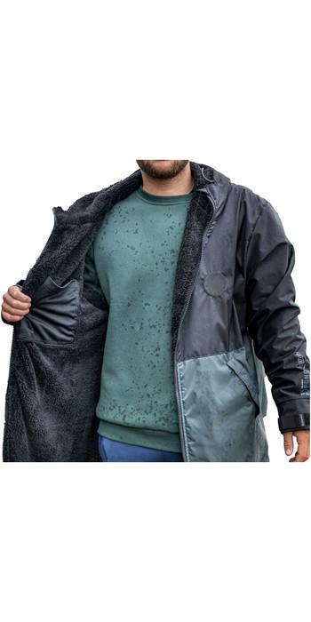 2021 Mystic Deluxe Explore Poncho / Change Robe 210093 - Sea Salt Green